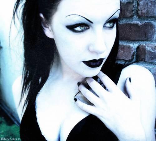 http://gothic.clan.su/_ph/209/2/872445093.jpg
